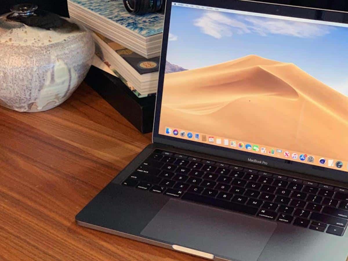 Apple Yeni MacBook Pro'yu Tanıttı!