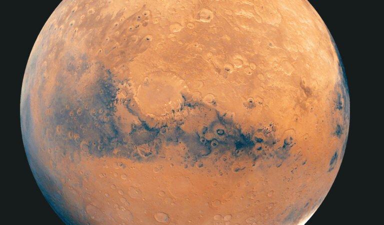 NASA, Mars'ta 'Su Deposu' Buldu